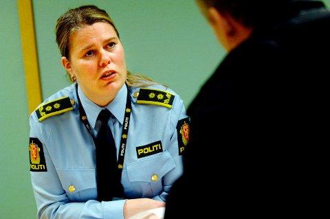 Politijurist Lise Dalhaug bekrefter at mannens bolig blir ransaket mandag kveld.