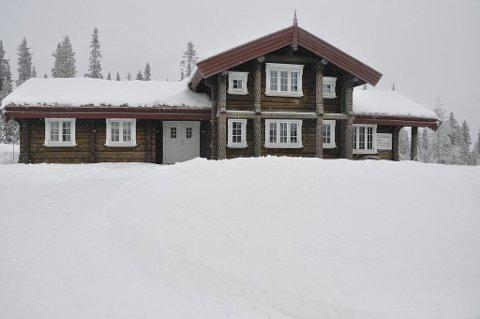 SOLGTE HYTTA: Denne hytta i Trysil var tidligere eiet av Larsens kone, men er nå solgt til Kraakstad Invest.Foto: Ola Kolåsæter