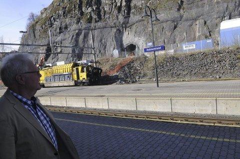 Øyvind Kvaal mener Holmestrand har alt som skal til for å bli et regionalt skisenter. – Vi har en sterk logistikk med Vestfoldbanen, E18 og Oslofjorden i umiddelbar nærhet, sier han.