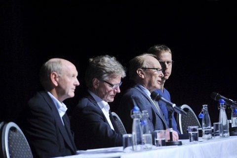 ENIGE: De er enige om nord-søralternativet. Fra venstre Tom Olaf Kjær, Bjørn Engås, Stig Svendsen og Hans Ivar Nesse.