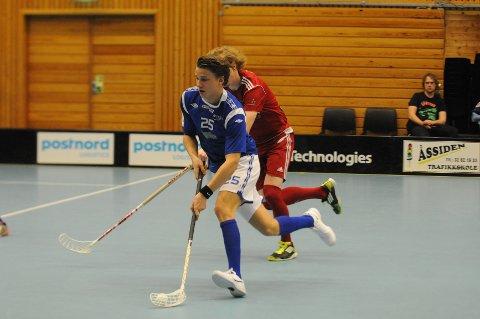 NOR 92-løperen Andreas Zanetti er årets poengplukker i 1. divisjon. Mot Holmlia scoret han ett mål.