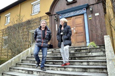 KOM HJEM: Åge Engebretsen og PP-tjenesten har flyttet inn på den gamle lærerskolen, der Nina Berg har tilbrakt mye tid i karrieren sin.