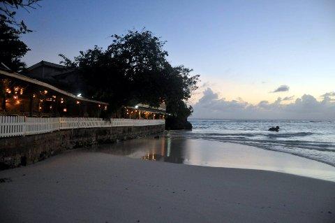 250.000 nordmenn bør heller benytte feriepengene til å betale gjeld enn å oppsøke Barbados og andre feriparadiser.