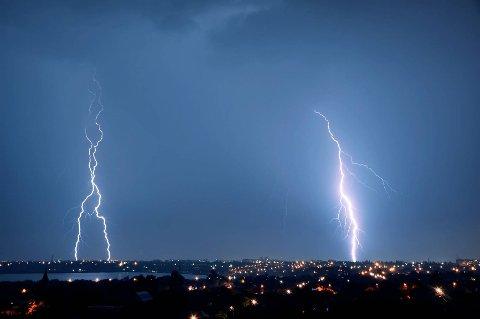 I et normalår registreres det rundt 45 000 sky-til-bakke-lyn i Norge i juli.