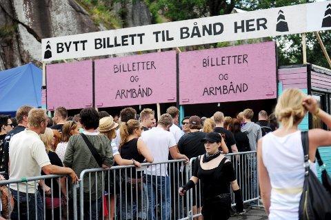 b6dabe4b På nettet selges Slottsfjell-billetter for flere tusen kroner over  pålydende pris.