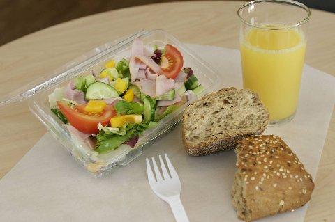 Torgeir Micaelsen (Ap) mener et spleiselag kan gi sunnere mat og kosthold i skolen.