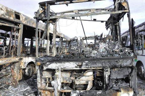 13 Unibuss-busser ble totalskadet da de tok fyr mens de sto parkert på Borgeskogen natt til 30. september.