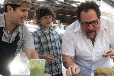 Mattrio: John Leguizamo (f.v.), Emjay Anthony og Jon Favreau.