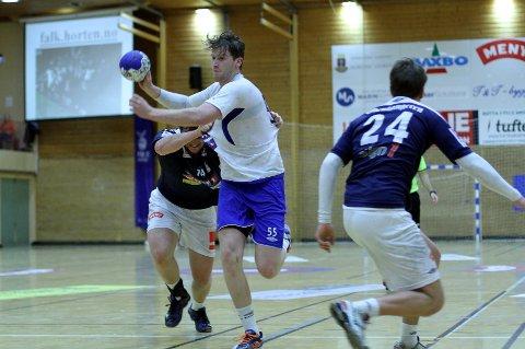Henrik Petersen var god for Kolbotn og satte inn åtte av lagets 21 scoringer, men det holdt ikke mot Falk Horten som satte inn 33.