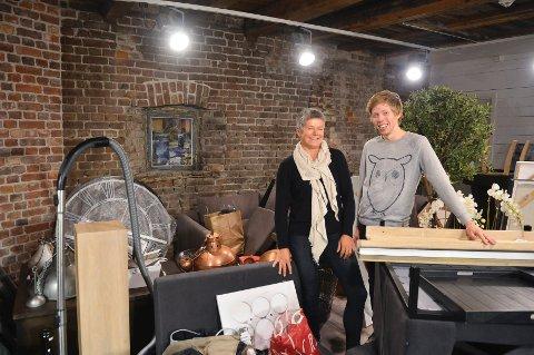 Gleder seg: Butikkeier Jenny Forsmo og butikksjef Lars Løvvold  ser fram til å åpne Interiørhus Palma i Fayes gate. De er begeistret både for lokalene og beliggenheten. Foto: Harald Strømnæs