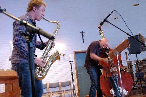STARTET PÅ FJELL. I mai for to år siden holdt Håkon Kornstad (t.v.) og Ingebrigt Håker Flaten konsert inspirert av de haugianske sangene Flatens bestemor hadde sunget. Mandag er de tilbake og holder konsert med det samme materialet.