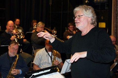 Frodes egen kveld: Søndagens konsert i Rådhusteatret inneholder musikk av, ved og med Frode Thingnæs. Han skal selv håndtere dirigentstokken.