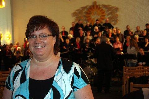 Til vanlig dirigent for Gregos, i helgen arrangør og solist; Hanne Mortensen Lie.