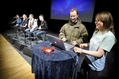 Kjetil André Aamodt og Helene Olafsen delte sine erfaringer med tilhørerne i Kolben i går under Oppegård Idrettsråds verdiseminar. FOTO: AMUND LÅGBU