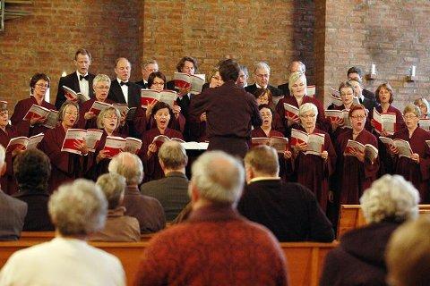 Helt full var kirken ikke, men de som tok turen fikk overvære en flott konsert.