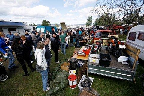 Et sted mellom ti og tjue tusen skattejegere besøkte Ekebergmarkedet lørdag.