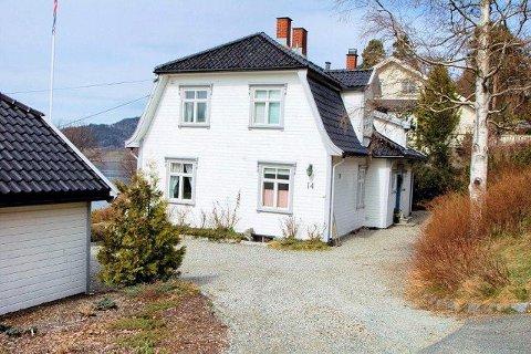 I dette huset i Sorenskriver Ellefsens vei var det fødestue i 1945.  Foto: Bjørn Cato Wiig