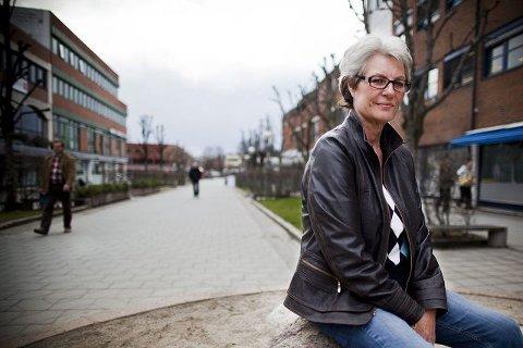 Unni Elisabeth Sollesnes (65) er glad for at alle husker bursdagen, men ellers har det å bli født 8.mai 1945 vært som å ha en «vanlig» bursdag.