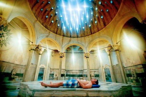Hamamen Cagaloglu i Istanbul kan by på gamle tyrkiske badetradisjoner i et 260 år gammelt bygg.