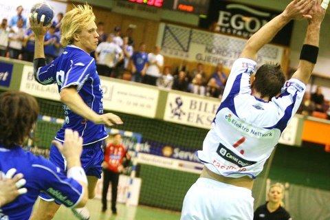 Emil Midtbø Sundal takket for tilitten ved å score tre mål mot VIF.