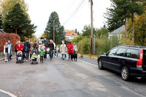 Naboer som bor i Lambertseterveien (mellom Nordseter terrasse og Oberst Rodes vei) mener de allerede har <I>nok</I> trafikk utenfor stuedøren sin. De sier nei til bydelens trafikkplan hvor Lambertseterveien foreslås som samlevei.
