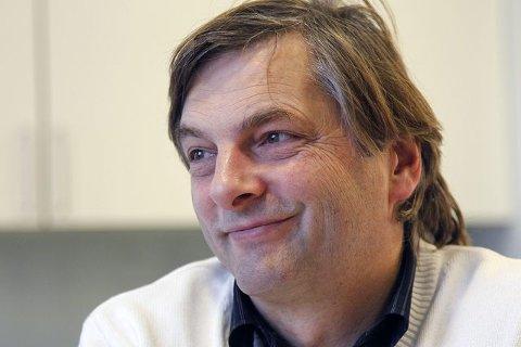 Bedre tilrettelegging for innvandrere og flyktninger som ønsker plass i kulturskolen, er noe av det rektor Alexander Krohg Plur i Ås har fått penger til.