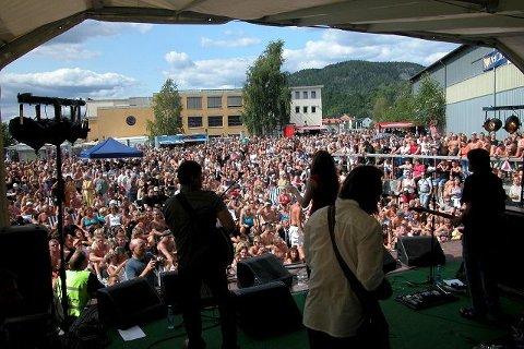 Margit Bakken band. Notodden Blues Festival. Brygga.
