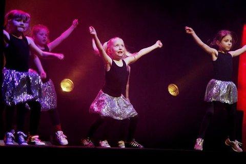 Danseverkstedet på Rådhusteateret. FOTO: BJØRN V. SANDNESS
