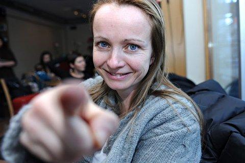 Instruktør Ellen Bjørneby oppfordrer kvinner i hele Follo til å melde seg på teaterprosjektet, hvor kvinnenes egne historier skal danne grunnlaget for forestillingen.ALLE FOTO: OLE KR. TRANA