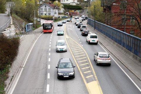 Det er kun en snarlig nedbygging av Mosseveien til lokalvei som vil løse trafikkproblemene på Nordstrand, skriver forfatteren av innlegget, Stein Stølen.