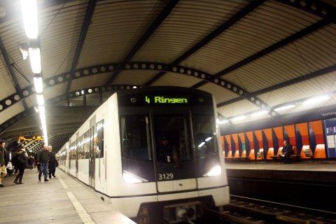 Kapasitet fra linje fire brukes til å flytte folk til og fra Ski-VM i Holmenkollen. Arkivfoto