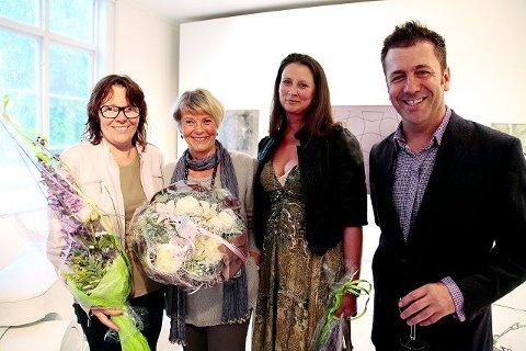 VINNERE Birthe Marie Løveid, Tulla Eliasson, Jenny Alnæs og arkitekt Todd Saunders ble tildelt priser og stipender ved åpningen. Det gjorde også Siw Amina Bech, som ikke var til stede.