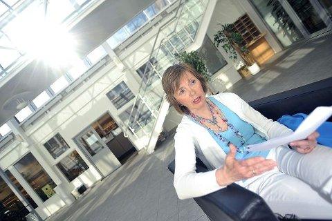 ILDSJEL: Ann-Mari Mellegård ønsker å samle inn penger for å skaffe psykisk syke bedre tilbud. Hun jobber knallhardt videre i sin avdøde datters ånd. BEGGE FOTO: AMUND LÅGBU