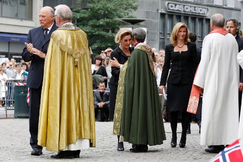 Oslo Domkirke holdt minnegudstjeneste.