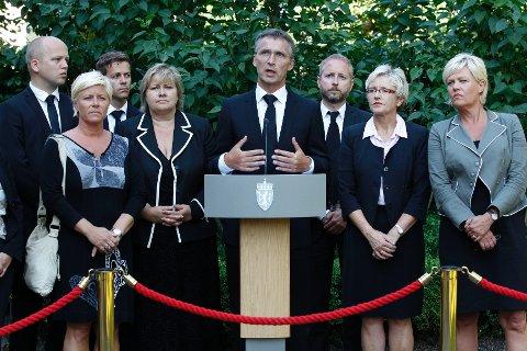 Regjeringen oppretter terrorkommisjon etter angrepene mot Norge.