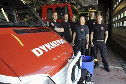 Gjengen på vakt har alle vært i aksjon på Utøya. Opplevelsene har satt spor. Fra venstre: Simon Kildal, Martin Winther, Even Grindvollen, Trond Rasch, Henning Hushovd og Morten Lislerud.