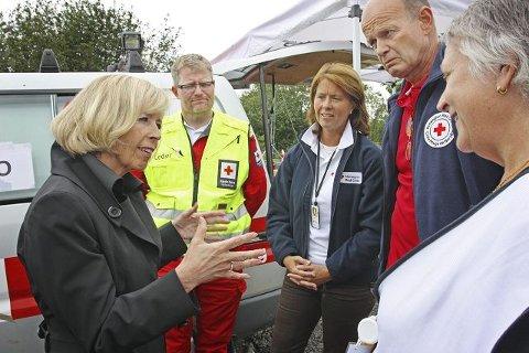 Tommy Ødegård (nummer to fra venstre) var operativ leder for Røde Kors Hjelpekorps etter Utøya-massakren. Her med helseminister Anne-Grete Strøm-Erichsen, påtroppende generalsekretær i Røde Kors Norge, Åsne Havnelid, president i Røde Kors Sven Mollekleiv og Anne Meklenborg, leder for omsorgsberedskapen for pårørende og overlevende.