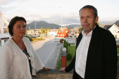 Nok engang blir det jevnt løp i kampen om ordførervervet i Etne mellom Siri Klokkerstuen (Ap) og sittende ordfører Sigve Sørheim (Sp).