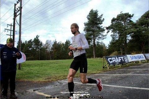 først i mål Gjermund Sørstad (32) vant dagens Fredrikstad maraton. – En fin løype og flotte forhold, sier 32-åringen. Alle foto: Johnny Leo Johansen