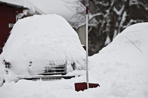 Snart blir det tunge dager for de som har bil men ikke garasje.