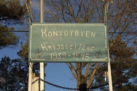SYMBOL: Konvoibyen, skiltet i Per Hanssons vei som forteller hvor krigsseilerne holder til.