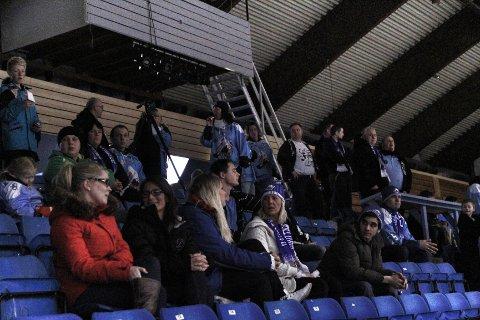 Rundt 60 Seagulls-supportere har tatt turen fra Haugesund.
