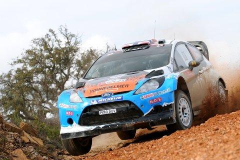 Mads Østberg ligger på en 2.plass i Portugal etter lørdagen. Løpet avsluttes i dag.