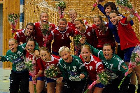 HK Rygge-jentene kunne juble for opprykk til 1. divisjon etter å ha slått Nærbø søndag.
