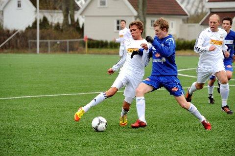 Runars Preben Liverød (t.v.) noterte seg på scoringslisten i fredagens seriekamp mot Skotfoss på hjemmebane. FOTO: PER LANGEVEI