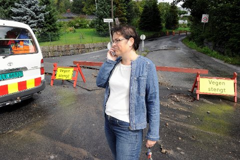 - Sanden har kommet inn i røret før vi fikk stengt av vannet, tror Merete Baukhol Olsen, avdelingsleder for vann og avløp i Sandefjord kommune.