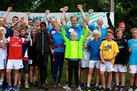 Yes, dette blir moro, jublet de rundt 50 testløperne som møtte opp bak Hennummarka skole mandag ettermiddag.