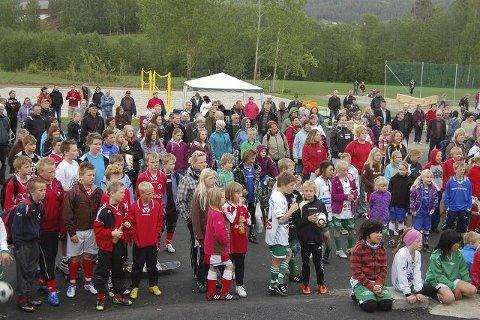 Stor aktivitet: Interessen var stor da Heddal Aktivitetspark åpnet i mai 2011. Fylkesordfører Gunn Marit Helgesen sto for den offisielle åpningen.