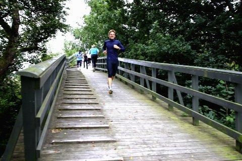 Ga alt Ordfører Tage Pettersen tok Moss Avis' utfordring og ble med på trening med Frisklivssentralen i går. Han fikk kjenne på både svette og tung pust.