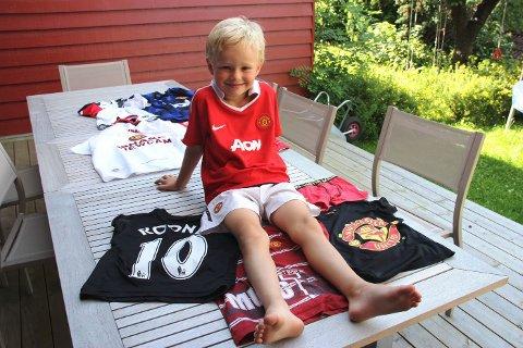 Til å være fem år har Marius Stensland en rikelig United-samling.